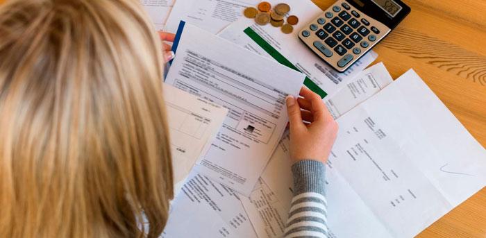 Cómo aplazar deudas con Hacienda para autonomos y pymes.